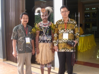 Asmat traditional clothes