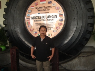 Mozes Kilangin International Airport