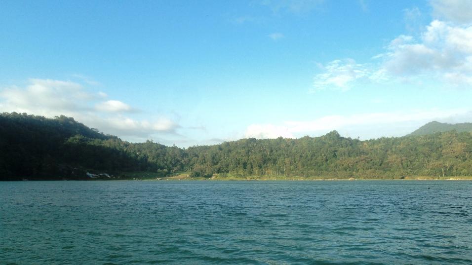 Linow Lake (5)