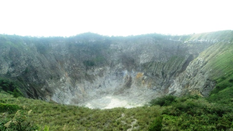Mount Mahawu (Crater of)